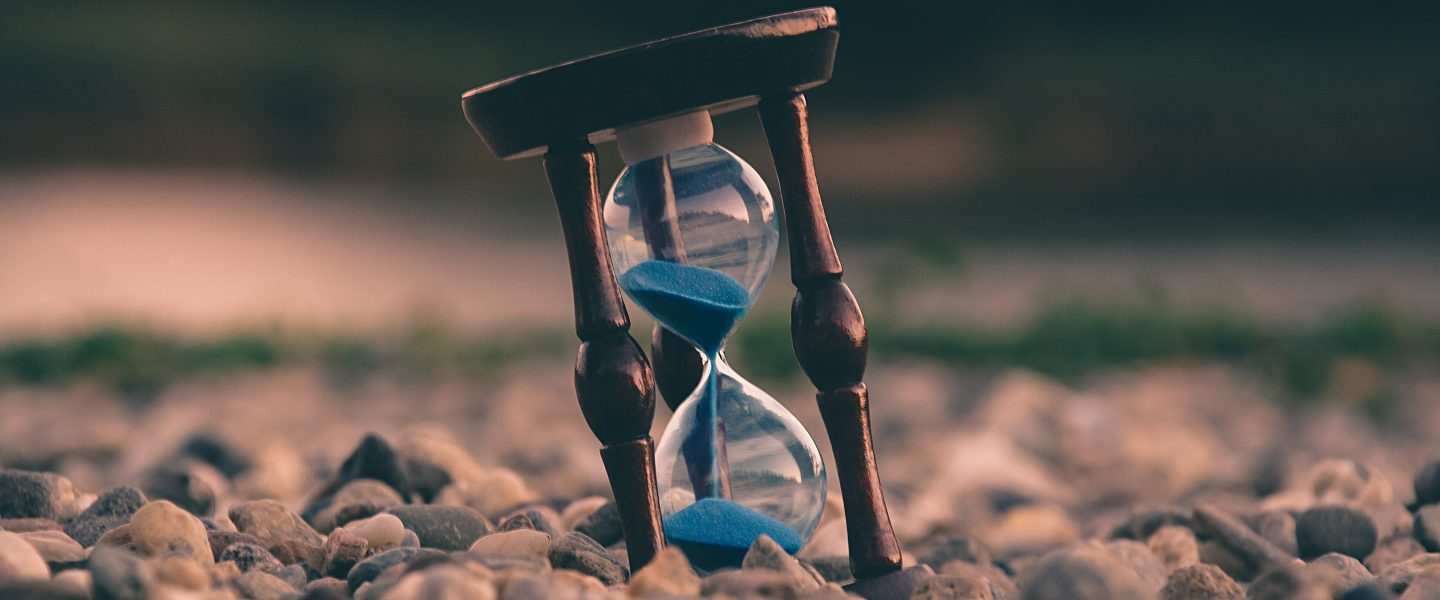 Waiting – when time drags: 5 lessons to learn while we wait.